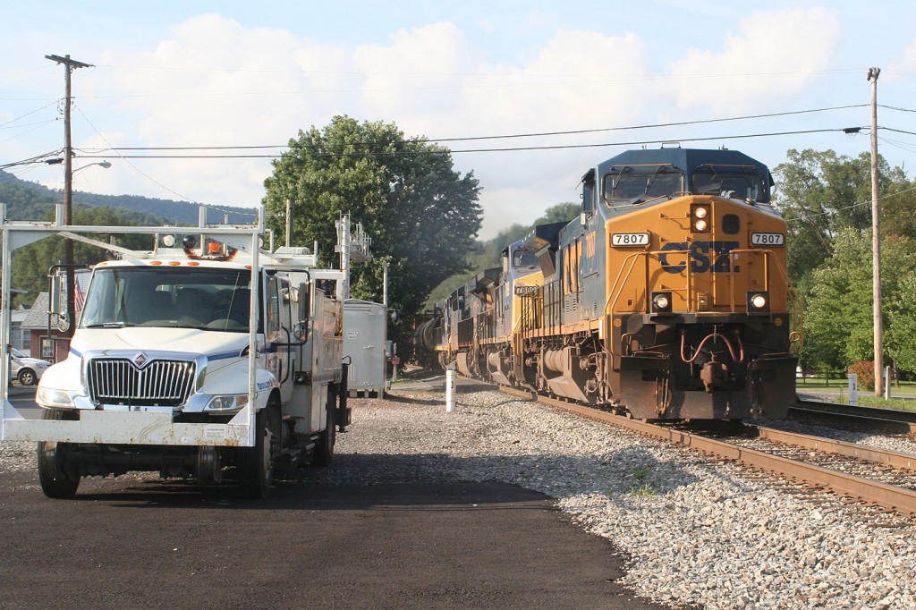 CSX 7807 East Through Hyndman