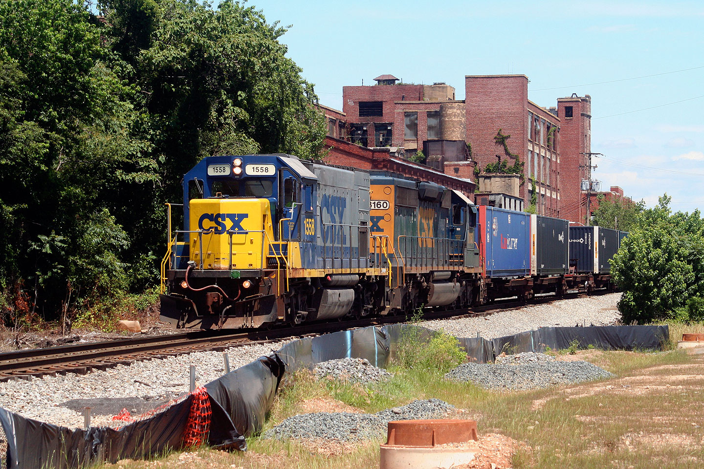 The CSX transfer job passing the old Crown Cork & Seal Plant