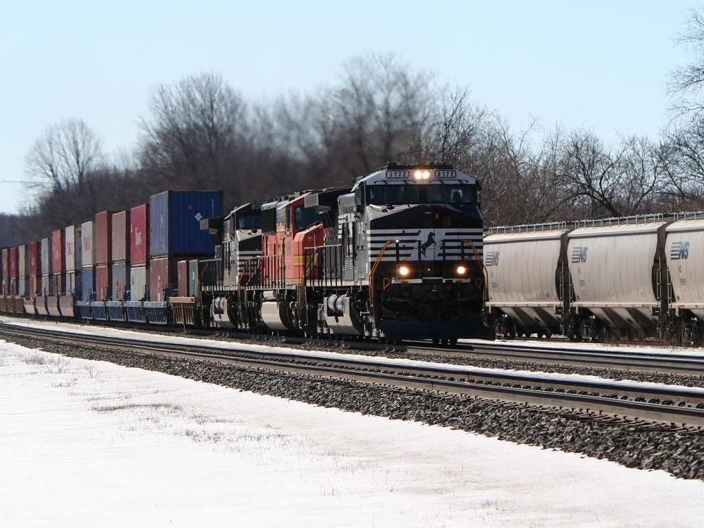 NS Intermodal Eastbound Through Cresson
