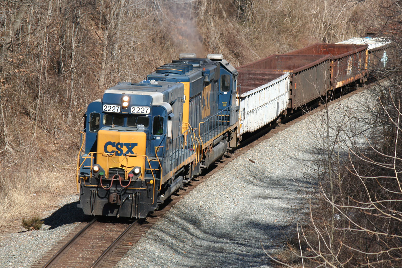 CSX MOW Train Heading West