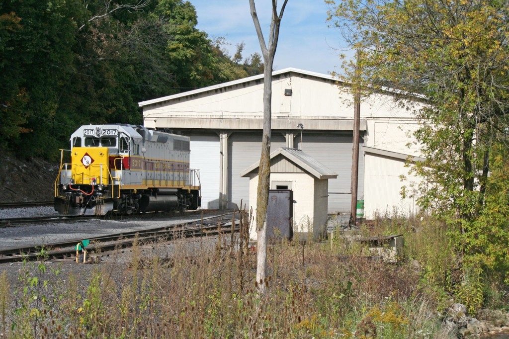 A North Shore GP38 outside the NBER's engine house.