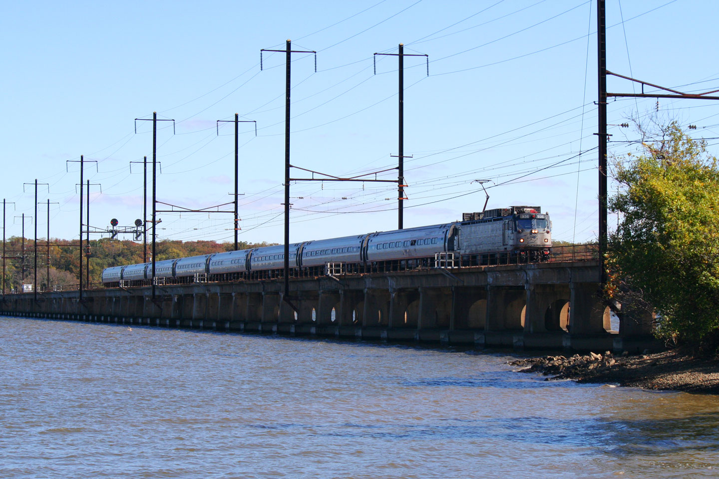 Luckily, Amtrak slows for the bridge, so I got to get a second shot off.