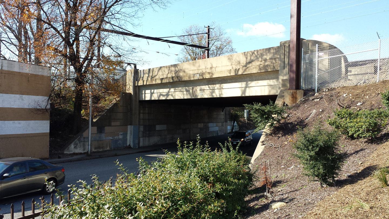 2014-11-15-West-Baltimore-Underpass