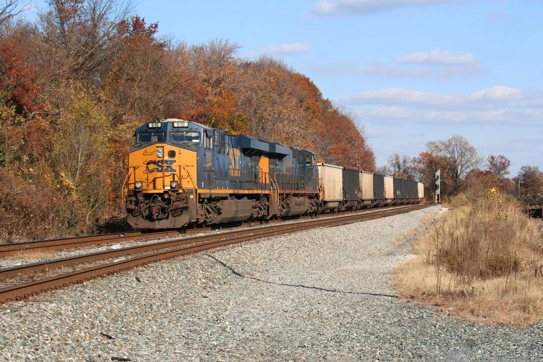 CSX 910 on Empty Coal Train at Gable Ave