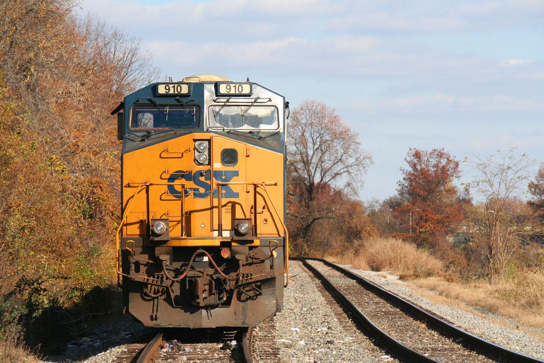 CSX 910 On a Coal Train At Gable Ave