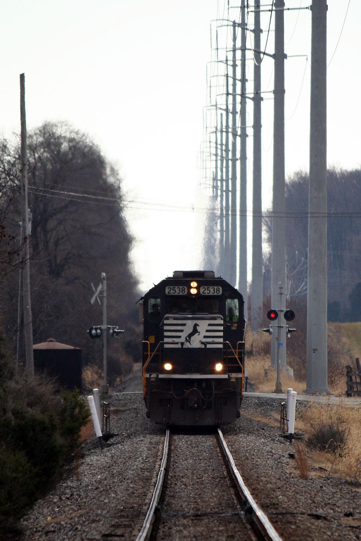 2014-Amtrak-Busiest-Day-NS-13G-Davis