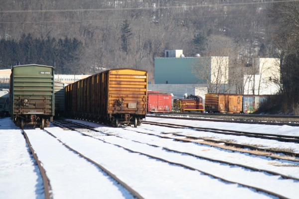 The best shot of the JVRR switcher I could get from the west end of the yard.