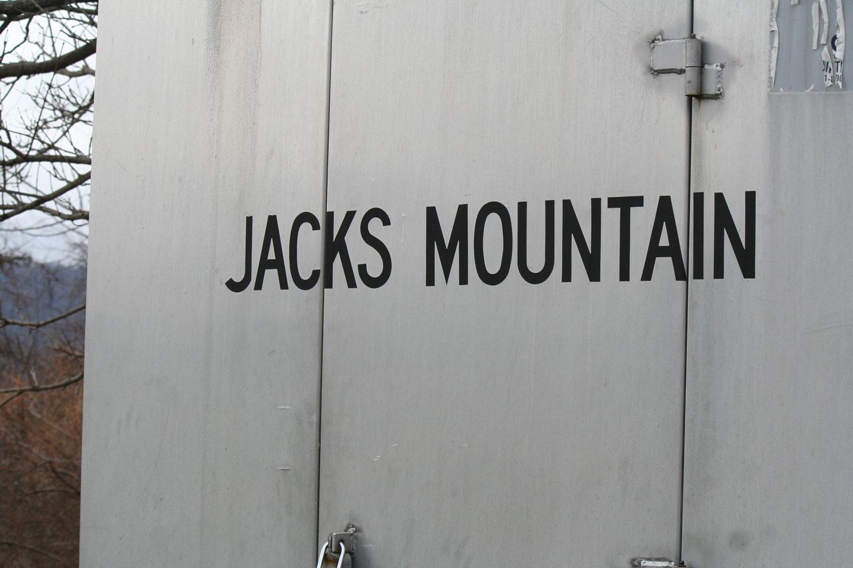 2015-04-03-CSX-JACKS-MOUNTAIN