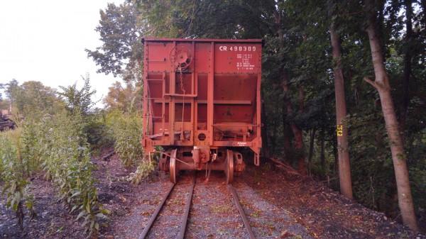 2015-08-21-20.11.03 Mount Union Conrail Hoppers Dual Gauge